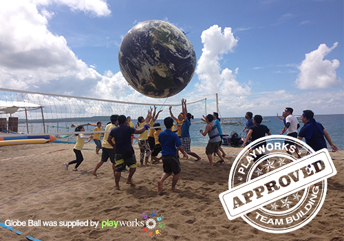 La Luz Beach Resort Team Building with Playworks